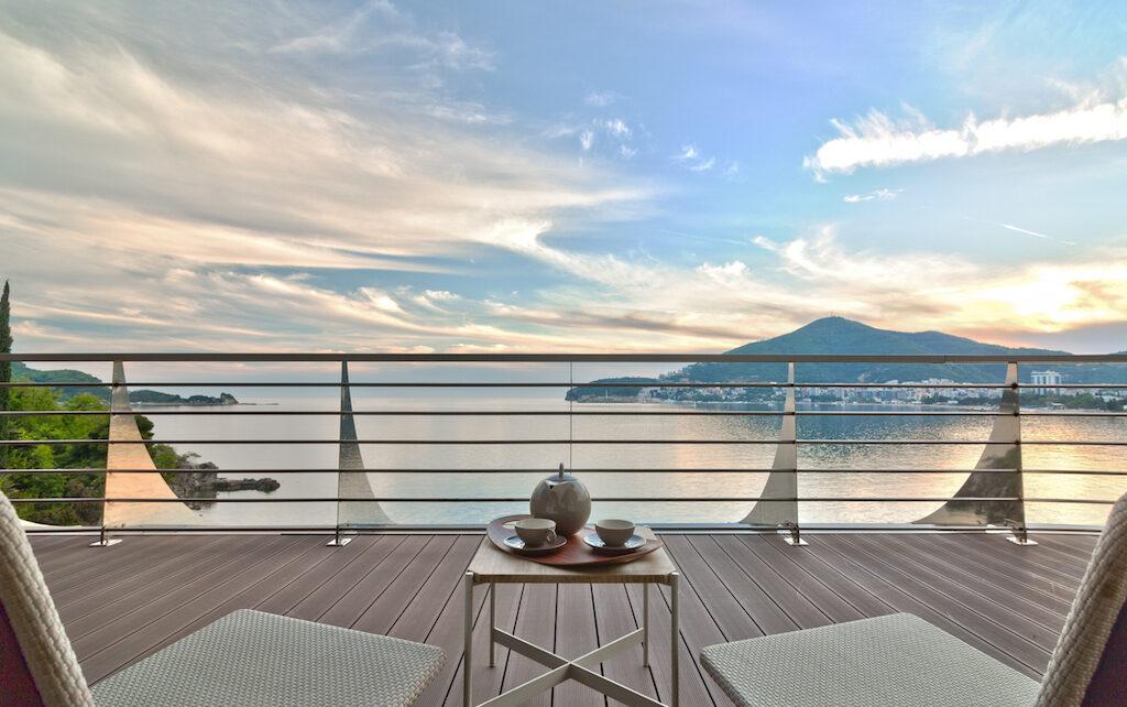 ВНЖ в Черногории при покупке недвижимости